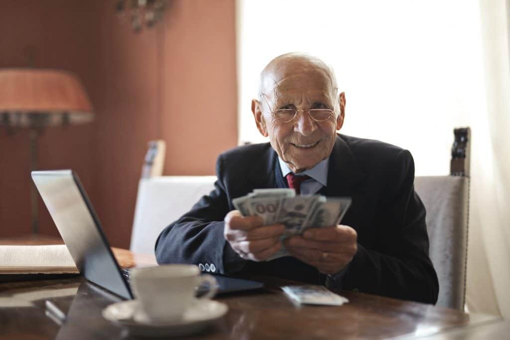 travailleur autonome à la retraite